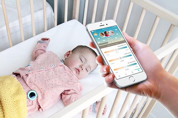 В кишенях у людей вже є надпотужні комп'ютери, а на зап'ястях - розумні трекери, тепер справа дійшла до технологічних рішень для більш вразливої частини населення – немовлят