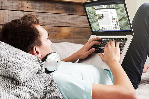 Сьогодні способи заробітку в онлайн змушені шукати екскурсоводи, які проводять онлайн-екскурсії, вчителі та фітнес-тренери, які намагаються заробити приватними онлайн-уроками та курсами, кухарі, які намагаються запустити кулінарні школи онлайн і так далі